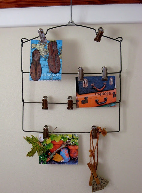 vintage wire hanger memento holder.... sweet!