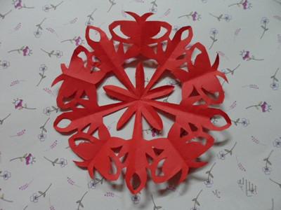简单的窗花剪纸图解_教你如何剪窗花