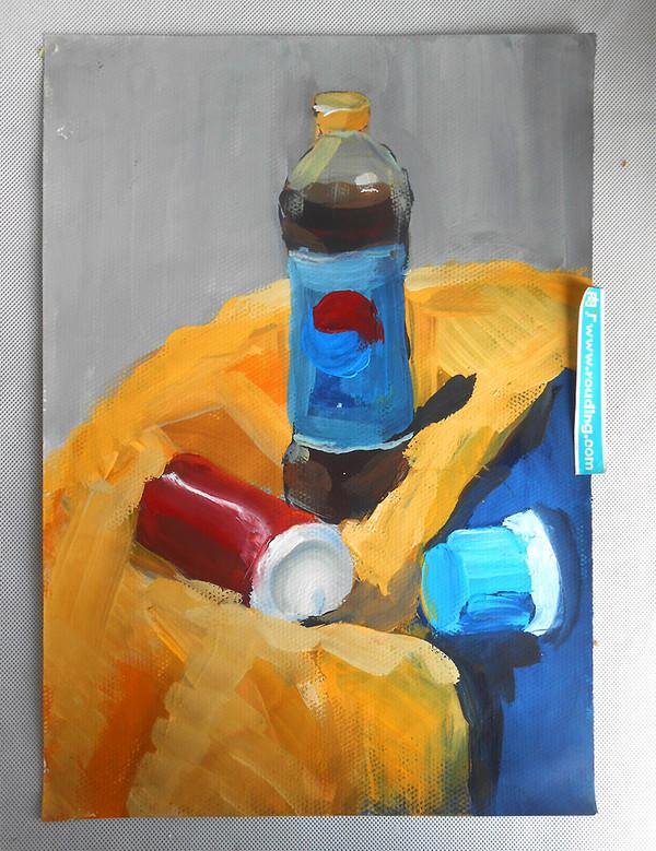 小学生水粉画教案_小学生美术作品 饮料和苹果的水粉静物写生 肉丁儿童网