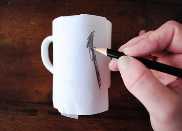 手绘杯子教程 教你diy手绘陶瓷杯的简单做法图解╭★肉丁网