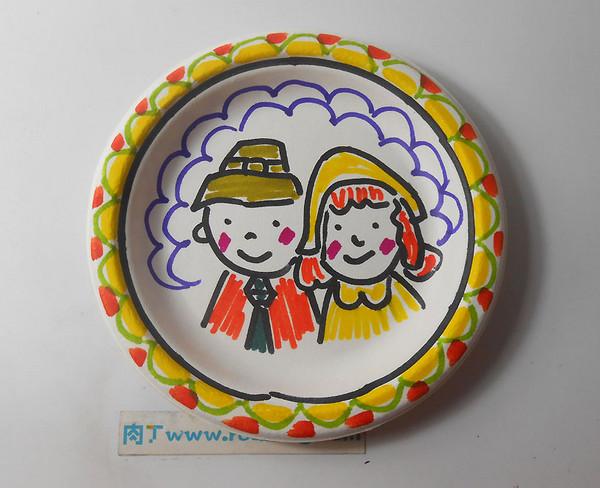 制作纸画盘图片_自制纸盘画diy做法 一次性纸盘创意画作品图片教程 肉丁儿童网