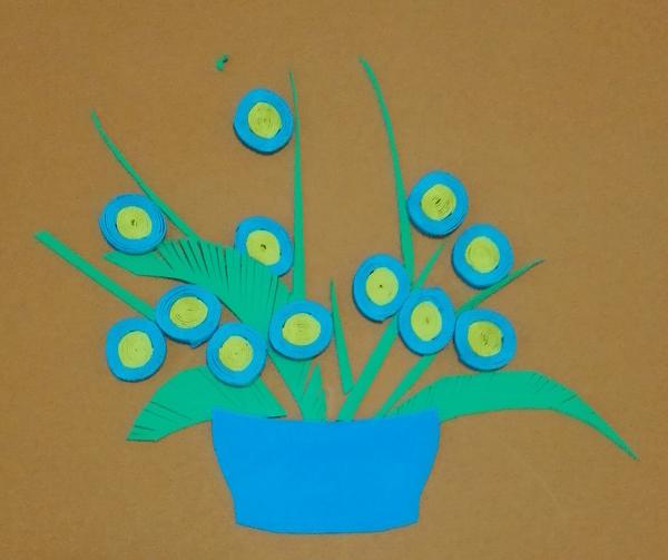 用烟盒做工艺品详细图解_教你用彩色海绵纸制作精美的小花详细步骤图解 肉丁儿童网