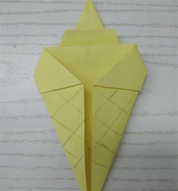 最简单的折纸_超超级最简单的折纸玫瑰教程
