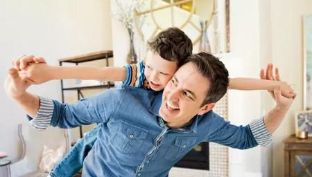 8个爸比专享的亲子游戏,在家就能玩!